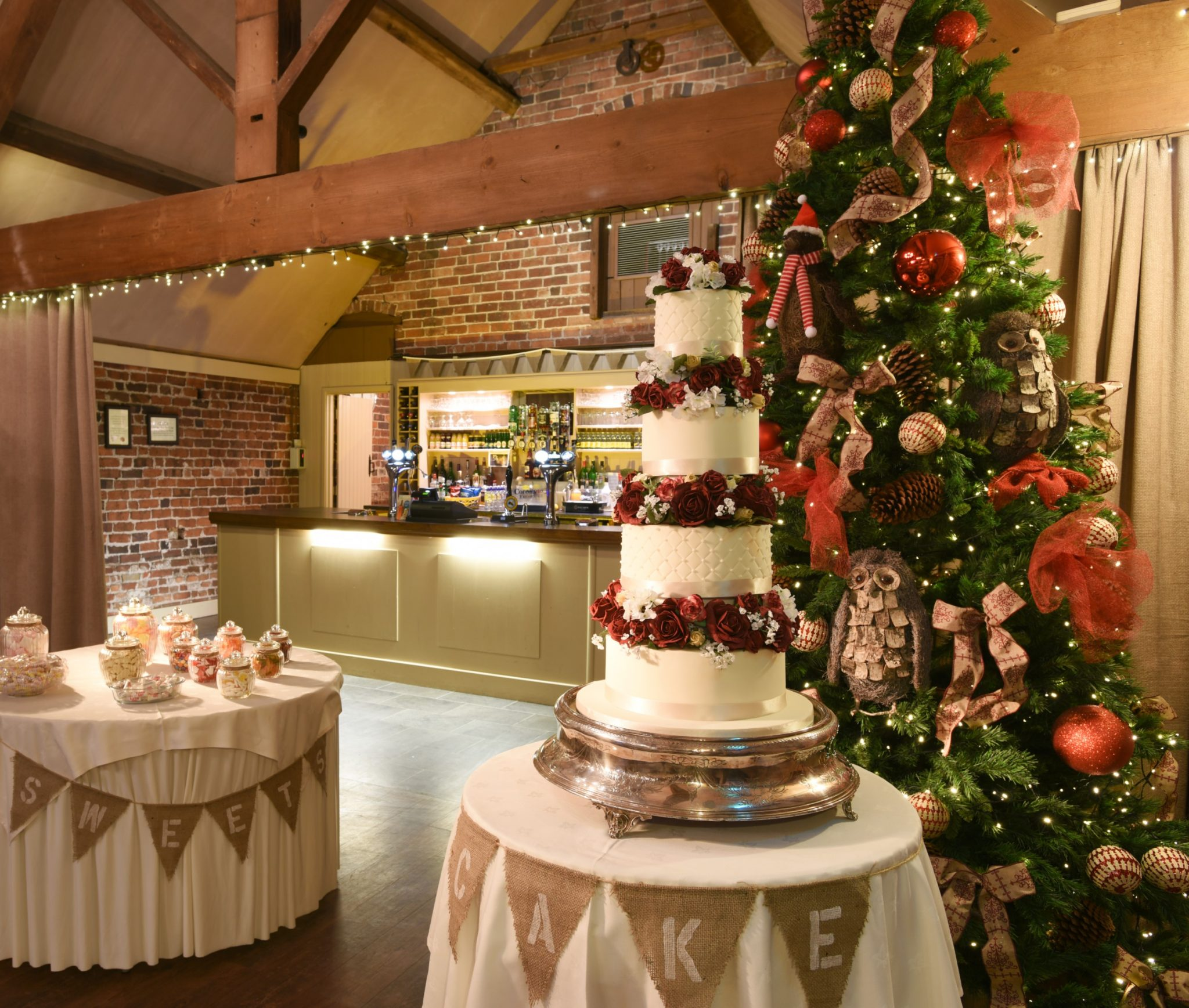 Room Decorations and Wedding Cakes